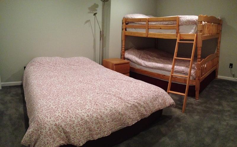 Baixar quarto nível - 2 F - beliche, cama de 1T