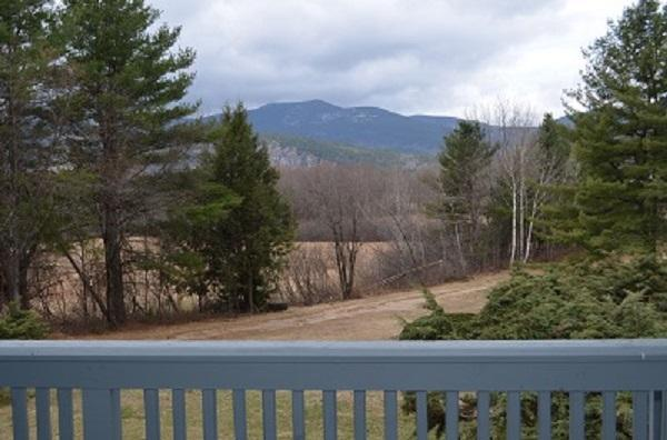 Two Level Condo/North Conway/ Views, holiday rental in North Conway
