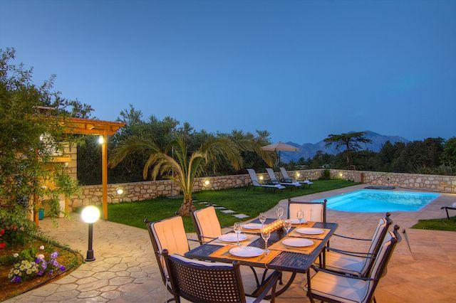 GREEN PARADISE   Luxury villa in Rethymno - Crete, location de vacances à Réthymnon