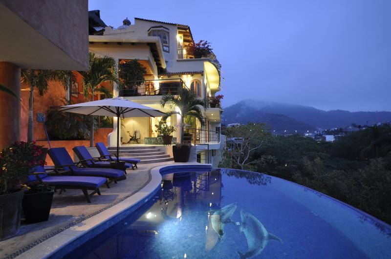 CASA LA BOMBA Downtown Gringo Gulch, location de vacances à Puerto Vallarta