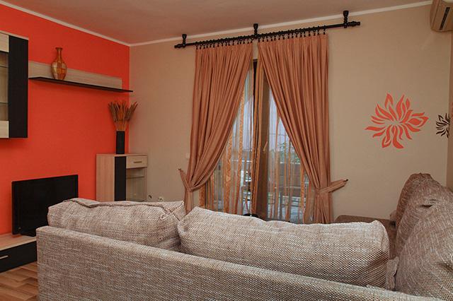 Modern apartment Budva, holiday rental in Lapcici