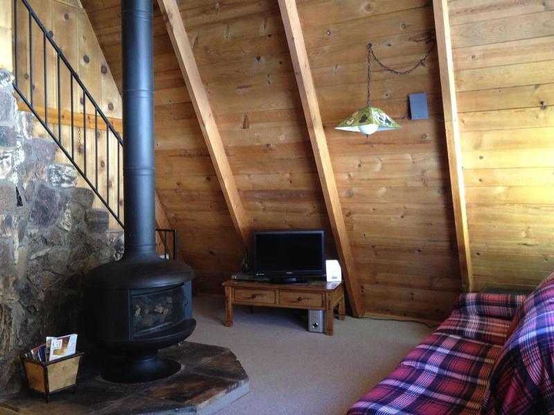 Chalet La Reunion Lake Tahoe Vacation Rental Living Room