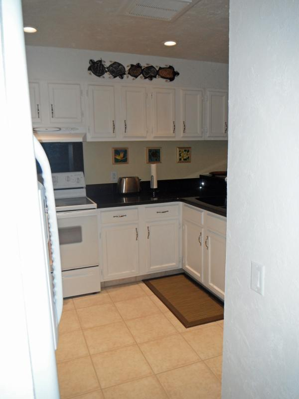 Updated Kitchen with full size appliances.