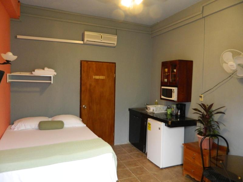 Welcome to Belize, Bella Sombra Guest House Belize, Studio 1,