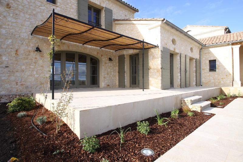 Mas du Temple - new villa in Garrigues