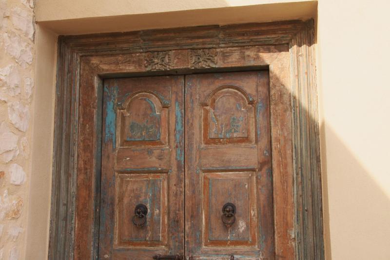 Mas du Temple - frontdoor