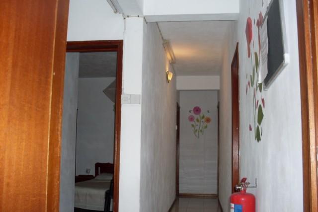 corredor acceso habitaciones