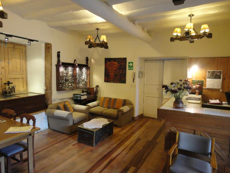 Apartment (5 Adults) in Cusco Centre, vacation rental in San Sebastian