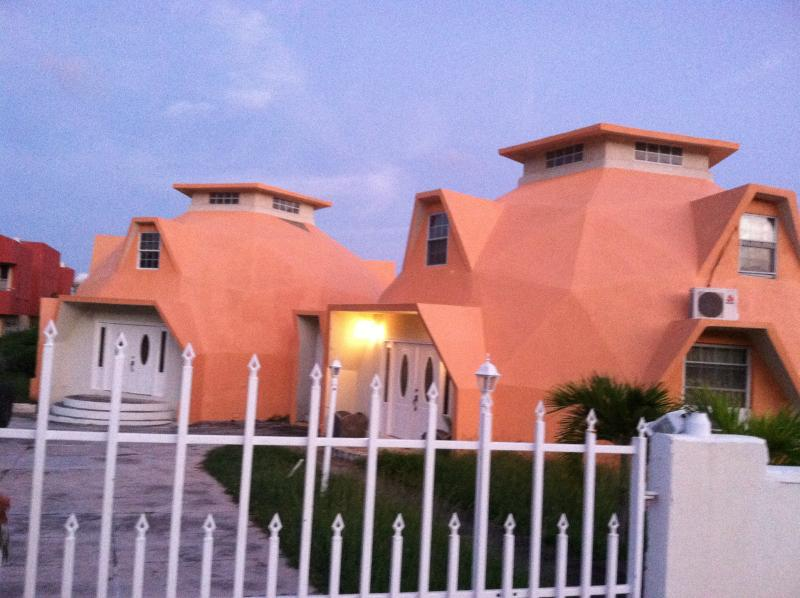 Unique Dome Shaped Villa, holiday rental in Frigate Bay