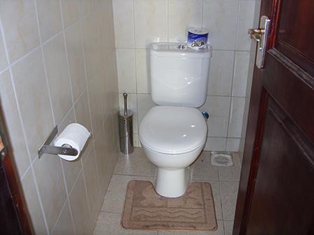 Upstairs Washroom 1