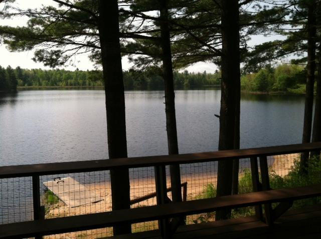 Adirondack Retreat on secluded lake – semesterbostad i Woodgate