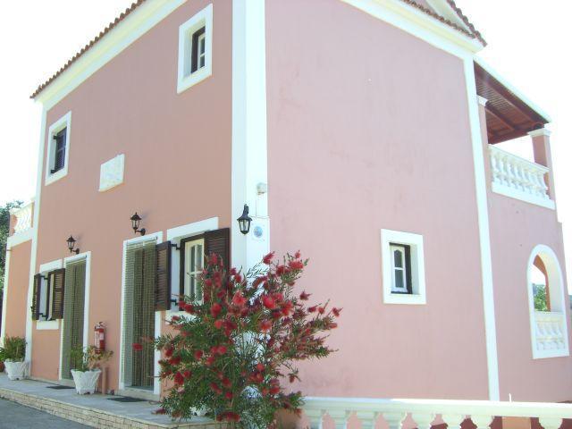Villa Leo Agios Stefanos NW Corfu