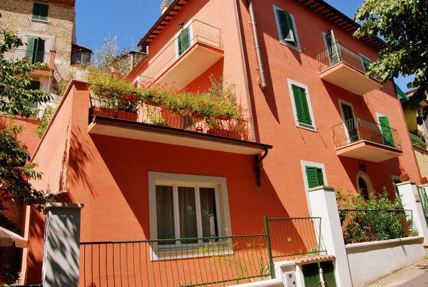 Casa Lilla Bed and Breakfast, location de vacances à Macerino