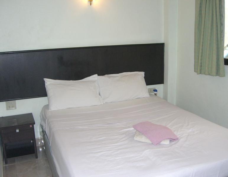 Standard room/Queen Size Bed