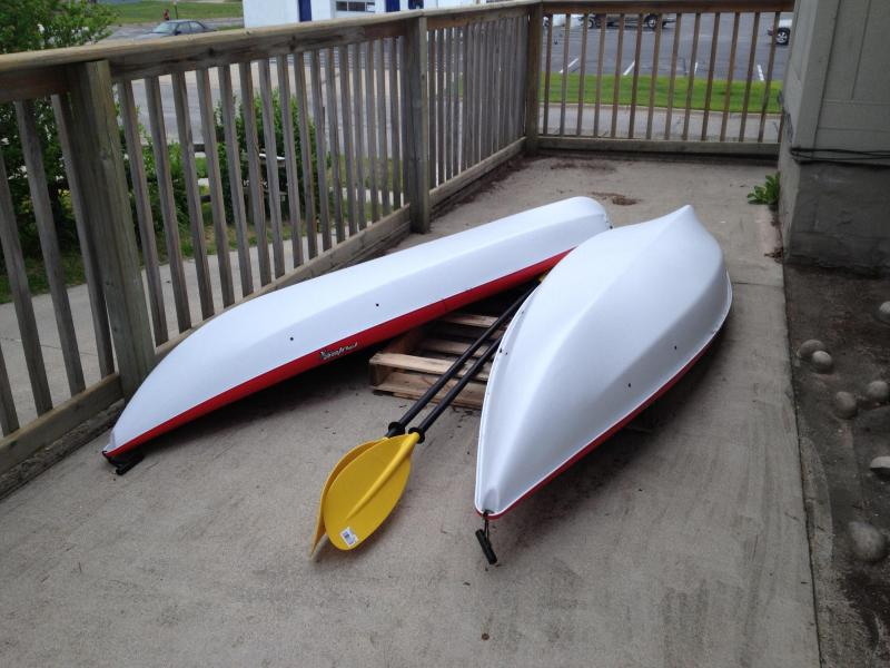 Two Kayaks available for usage