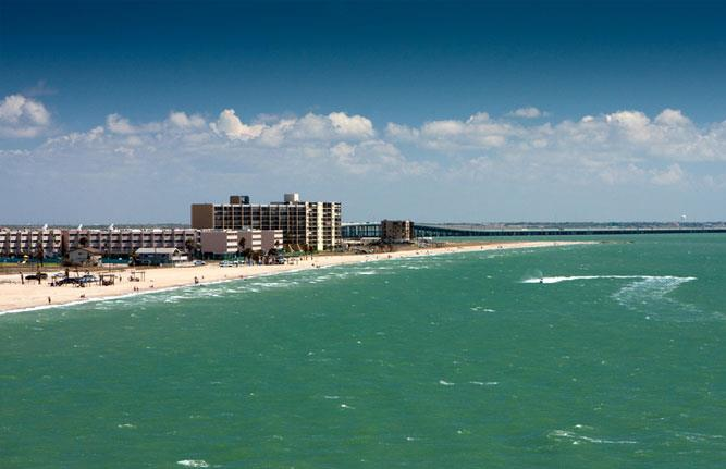 Epic Views, Beach Front, Luxury Accomodations, and Great Value Pricing!!, vacation rental in Corpus Christi