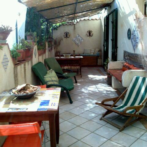 Charming  property in Sicily 200 mt from the beach, holiday rental in Tre Fontane