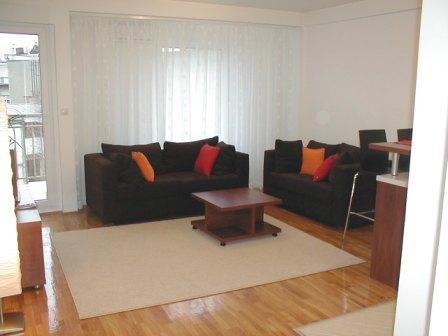 Sala - sofá e sofá-cama dobrável