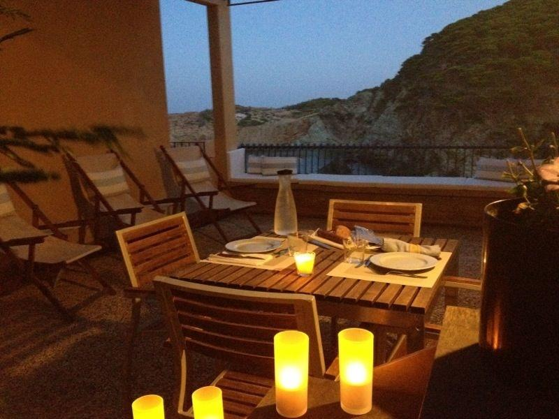 House At Sa Tuna Beach (Begur) With A Spectacular Sea View, vakantiewoning in Begur