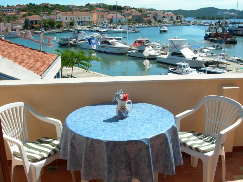 LastMinute Special Offer! Amazing view!***, casa vacanza a Jezera