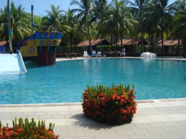 PRIVATE BEACH HOUSE AT LAS VERANERAS RESORT, holiday rental in Barra de Santiago