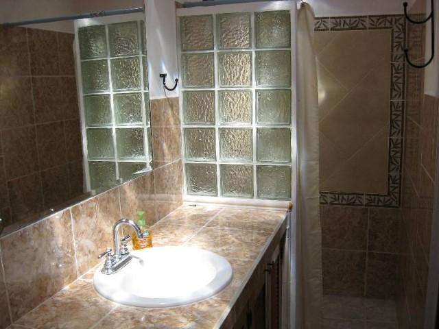 Casita Bathroom showing Shower