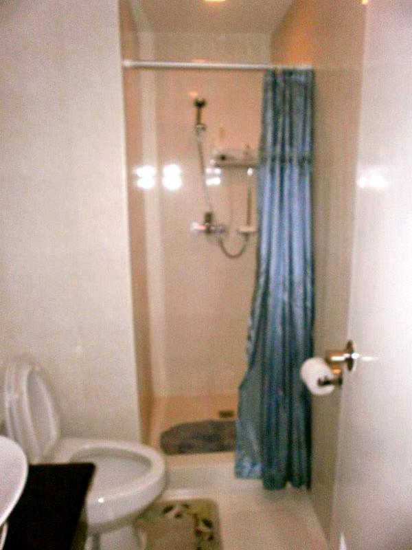 bathroom with hot & cold shower