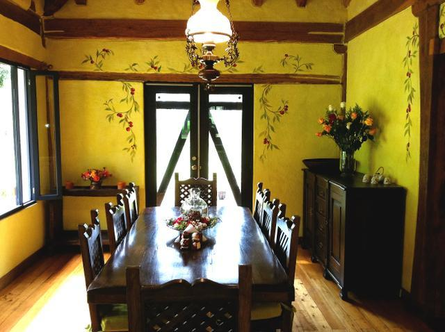 Your dining room in Casa Monica