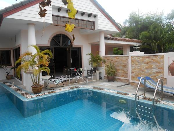 House 4 bedroom In  Gated village Thailand, holiday rental in Chachoengsao