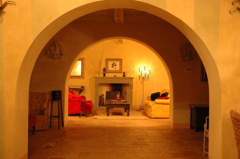 Triple reception area