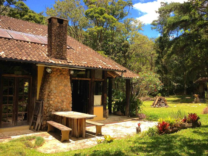 Beautiful Lodge @ the Atlantic Rain Forest Brazil!, location de vacances à Nova Friburgo