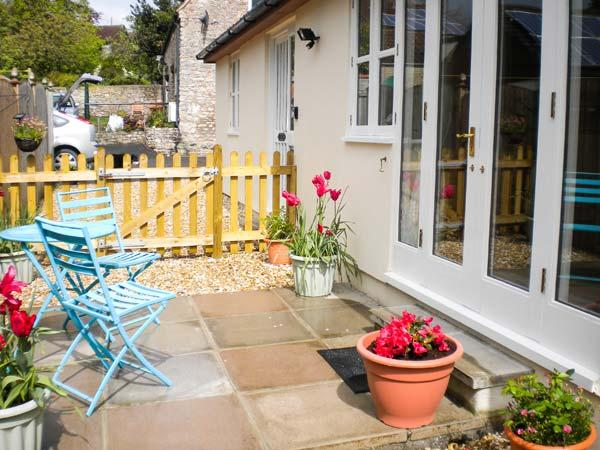 GLEBE LODGE detached, cosy accommodation, pet-friendly in Wells Ref 23806, holiday rental in Worth
