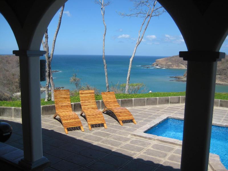 Mediterranean Villa with Magnificient Ocean View, casa vacanza a Playa Marsella