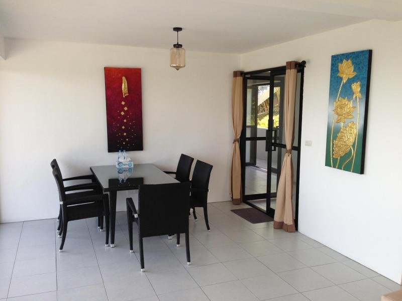 First bedroom - Dinning area