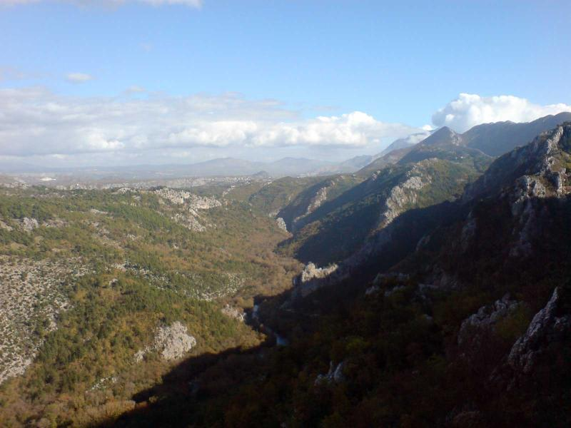 A look at river Cetina canyon wilderness