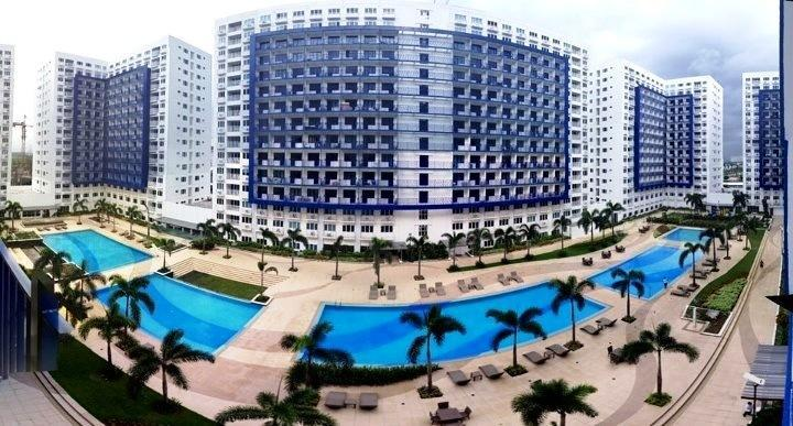 Furnished Condo at Sea Residences, Mall of Asia, holiday rental in Luzon