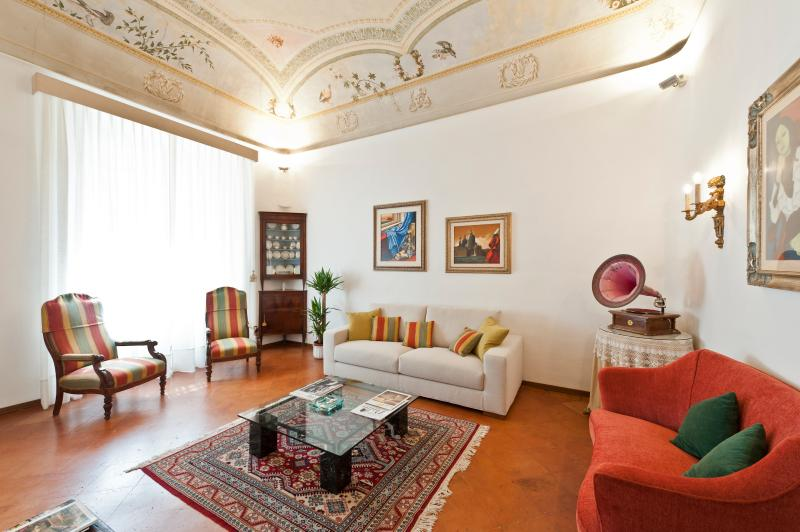 Luxurious Vacation Rental at Palazzo Cinotti in Si – semesterbostad i Siena