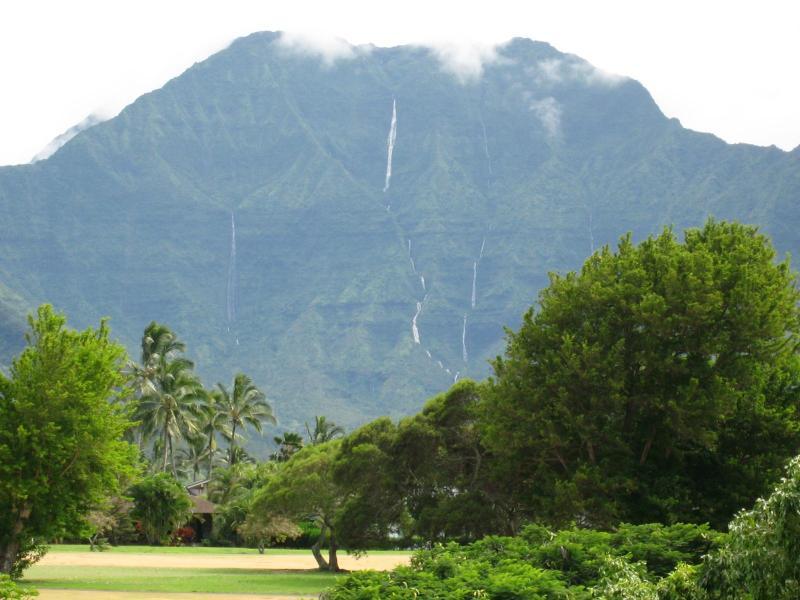 View of Mt Namolokama from lanai