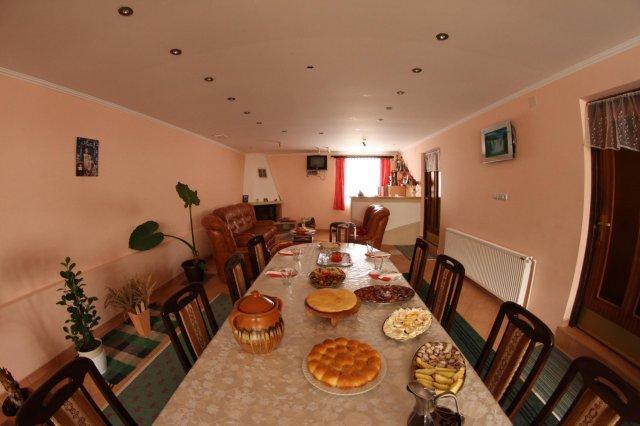 eetzaal voor 12 gasten