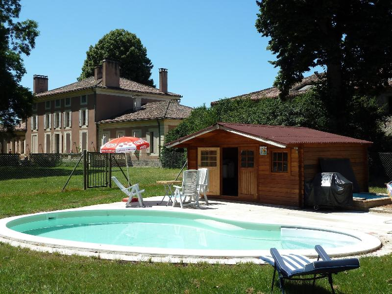 Chambres d'hotes de charme, holiday rental in Buzet-sur-Baise