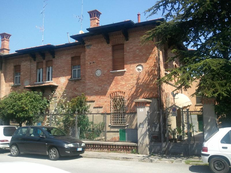 Ravenna City Ca' Rosa 77mq +Wifi +Garden, holiday rental in Province of Ravenna