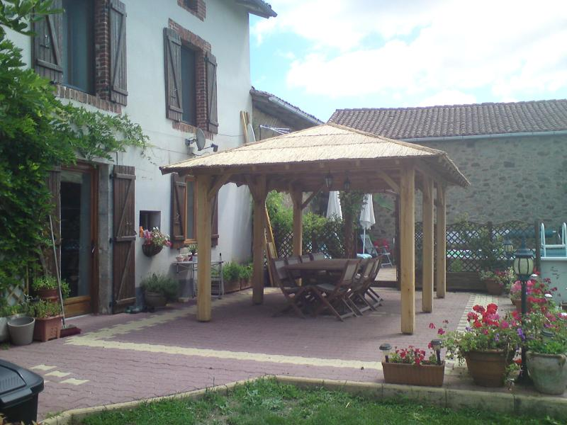 Maison Taupe, vacation rental in Saint-Auvent