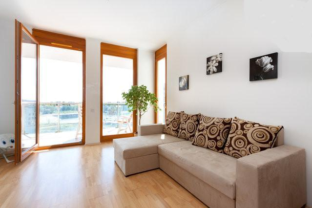 5* Beautiful Danube view+garage+WiFi+bikes, holiday rental in Mogyorod