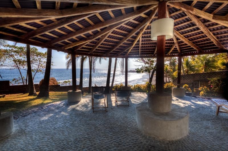 Private Surf  villa with great tropical views, vakantiewoning in Santa Maria Mizata