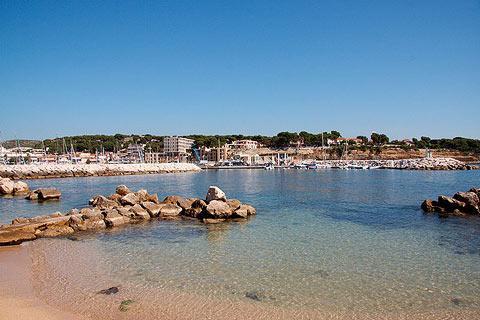 Spiaggia vicino a Porto di Carry le Rouet