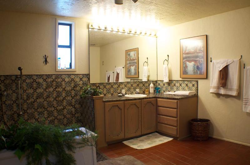 Master Bathroom ground floor
