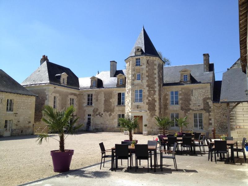 Chateau de Chargé courtyard