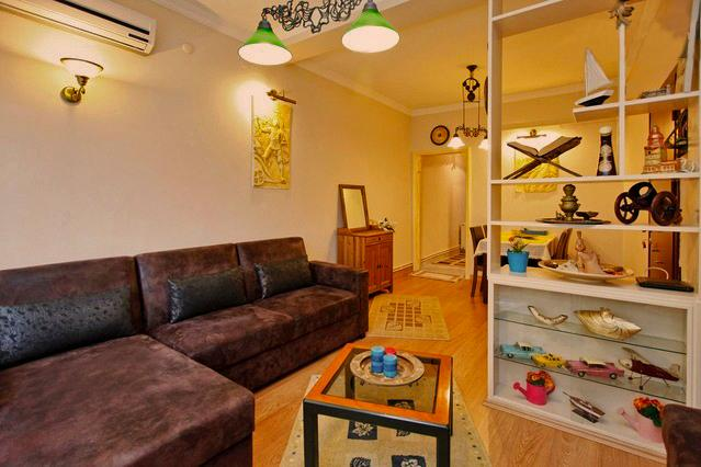Nigar Palace, clean and cozy flat in Besiktas, vacation rental in Istanbul