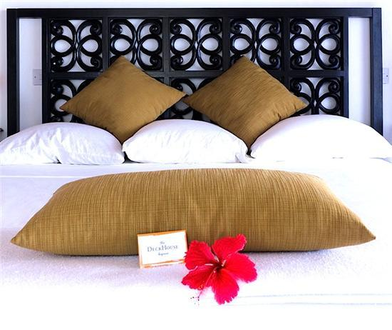 Daffodils Boutique B&B/ Waterfront Queen Room - Bequia