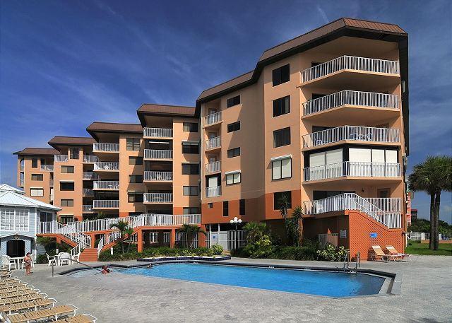Beach Palms Condominium 402, vacation rental in Indian Shores